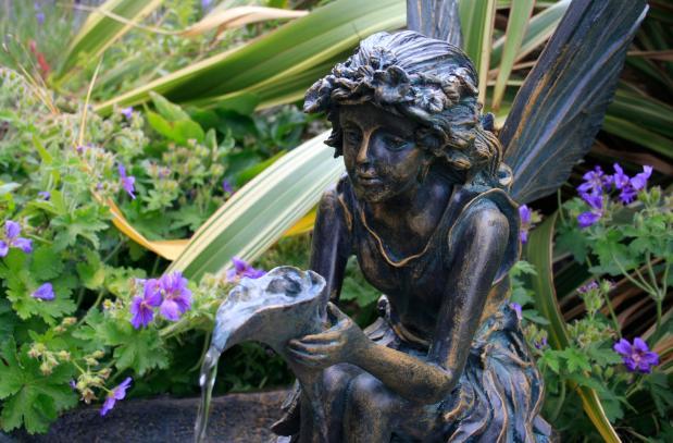 Légende et tradition : La fée des fontaines